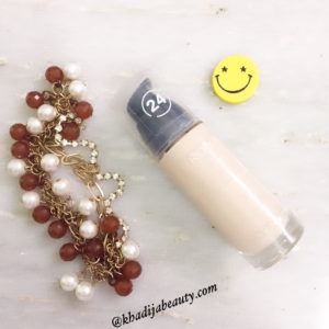 best-foundation-khadija-beautyrevlon-1
