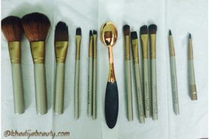 how-to-clean-makeup-brushes-khadija-beauty-khadijabeauty-11