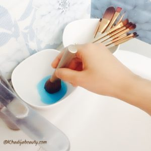 how-to-clean-makeup-brushes-khadija-beauty-khadijabeauty