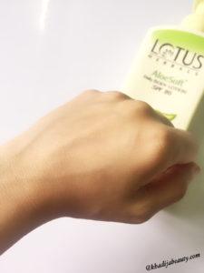 lotus-herbals-aloe-soft-body-lotion-affordable-body-lotion-with-spf-khadija-beauty-1