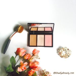 makeup-revolution-iconic-blush-bronze-and-brighten-palette-review-khadijabeauty