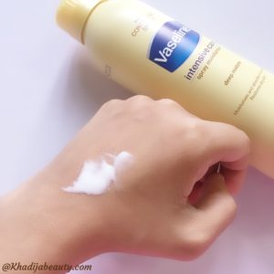 vaseline intensive care spray moisturiser review, comparison of spray moisturiser with lotion (1)