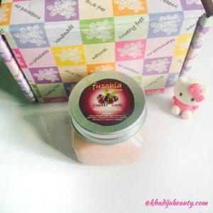 fuschia hand and nail cream review, khadija beauty