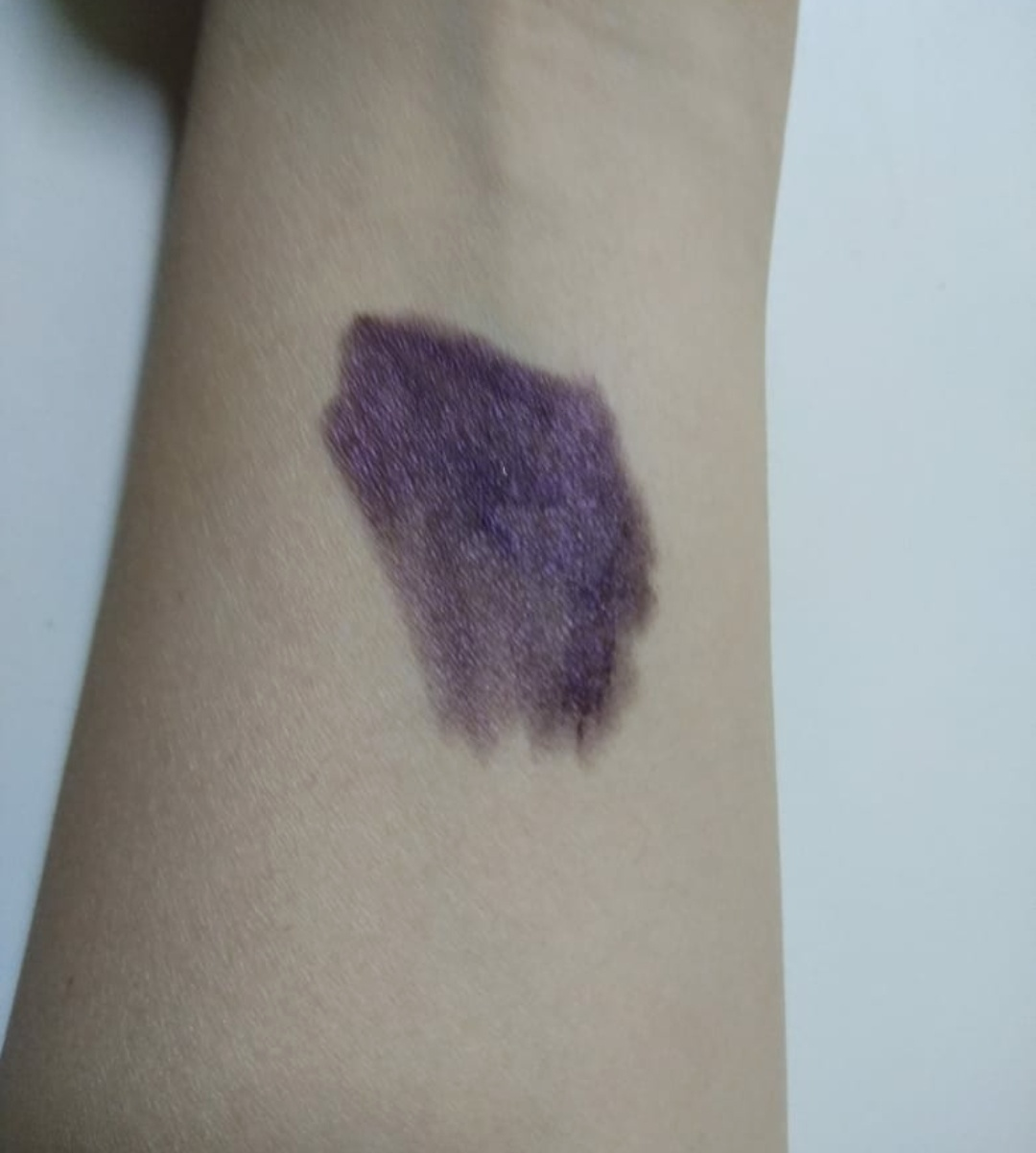 Colorbar All day Waterproof eyeshadow stick mulberry review