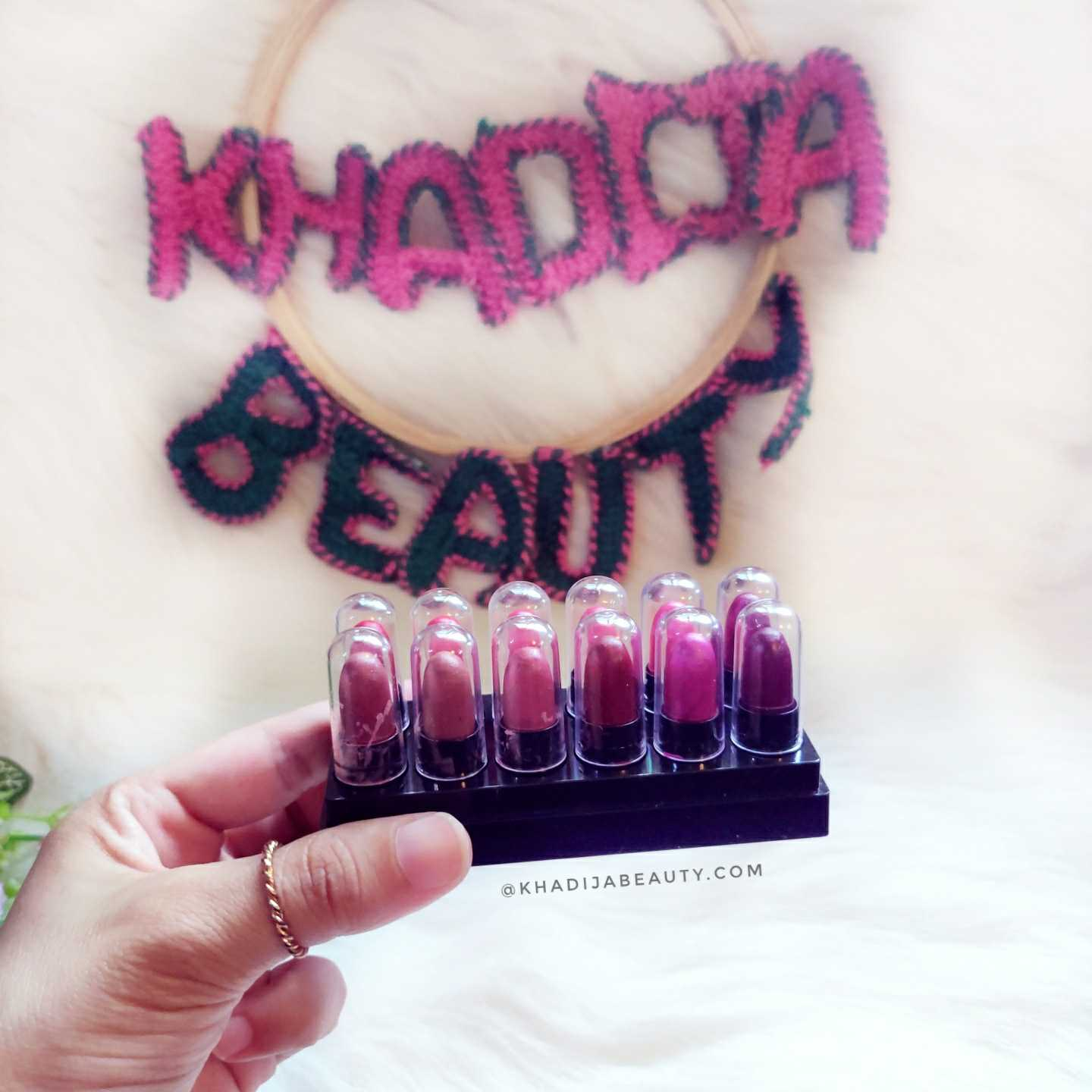 Stay Quirky Soft Matte Mini Lipstick Set Review| Kit 1