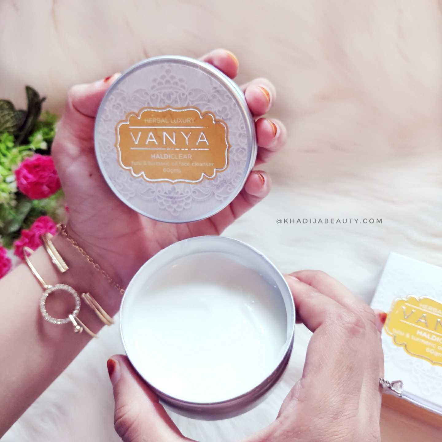 Vanya Haldi clear face cleanser review