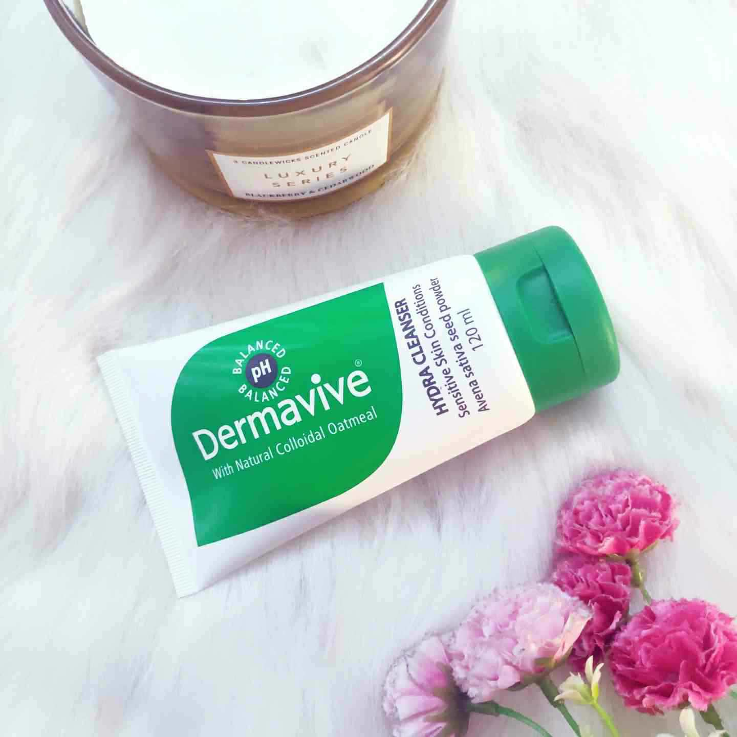 Dermavive Hydra Cleanser (Price – Rs. 900)