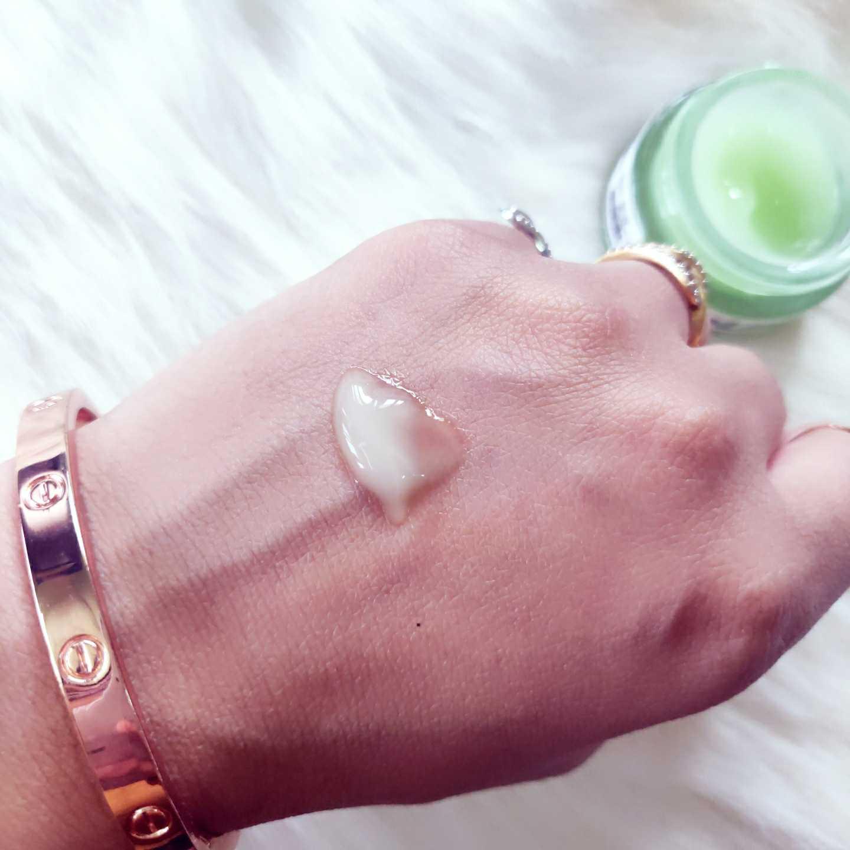 Bella vita Organic eye lift under eye gel cream