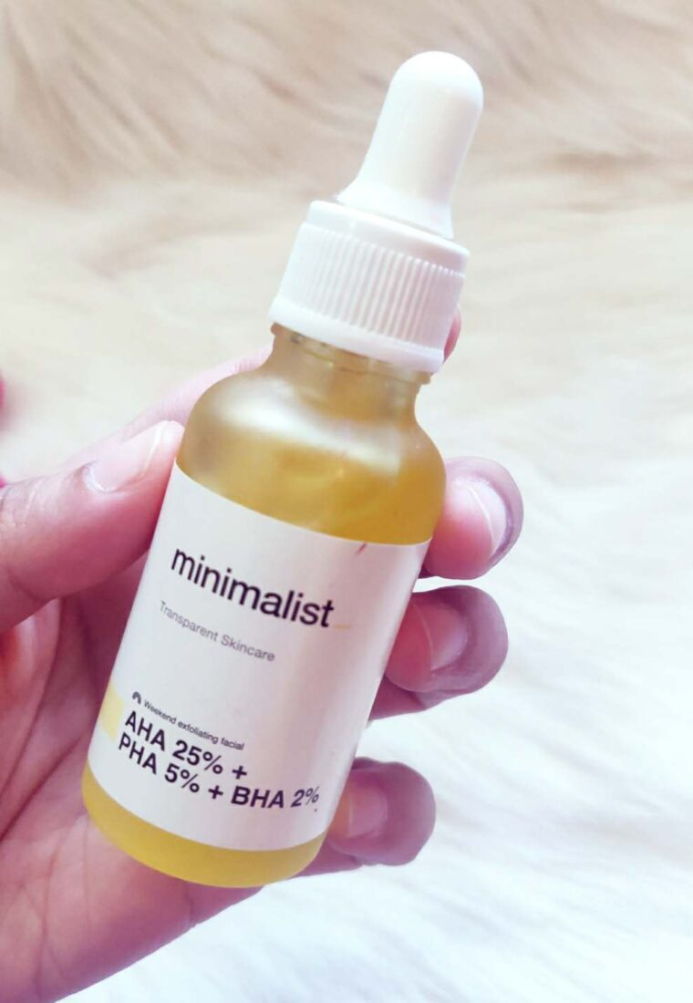 Minimalist AHA BHA PHA peeling solution review| Weekend Exfoliating Facial